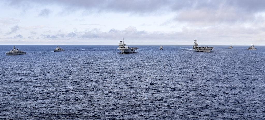 WATCH: How HMS Queen Elizabeth measures up to USS George