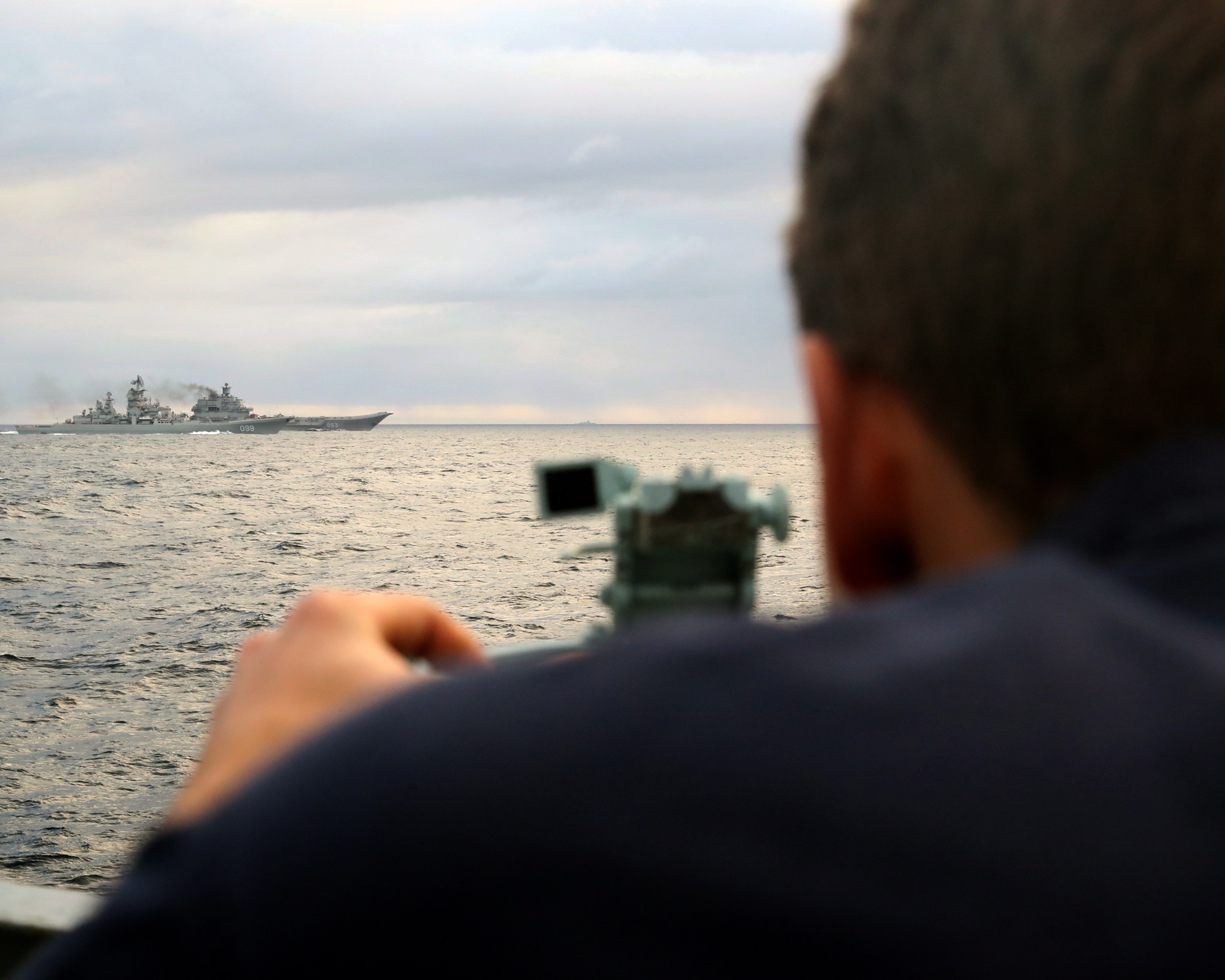 HMS RICHMOND ESCORTS RUSSIAN CARRIER TASK GROUP