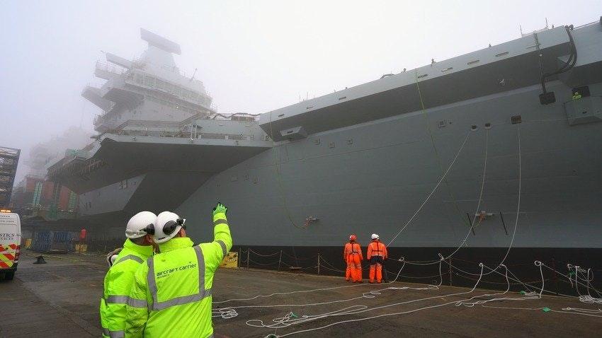 Второй британский авианосец на воде Prince, Wales, Вabcock, Великобритании, Marine, Elizabeth, Queen, авианосец, корабля, строительного, сухого, предприятия, Розайте, флота, секций, второй, декабря, Королевских, строящийся, судостроительного