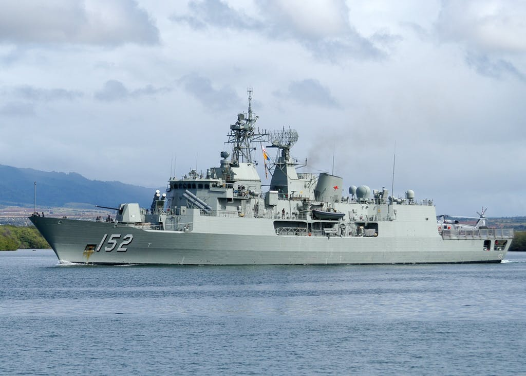 The Australian Anzac-class frigate HMAS Warramunga departs Pearl Harbor to support RIMPAC 2010 exercises. (U.S. Navy photo by Mass Communication Specialist 1st Class Jason Swink/Released)