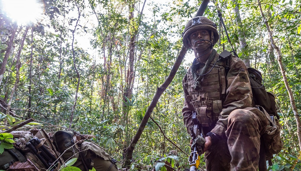 Parachute Regiment Train For Jungle Warfare In Belize