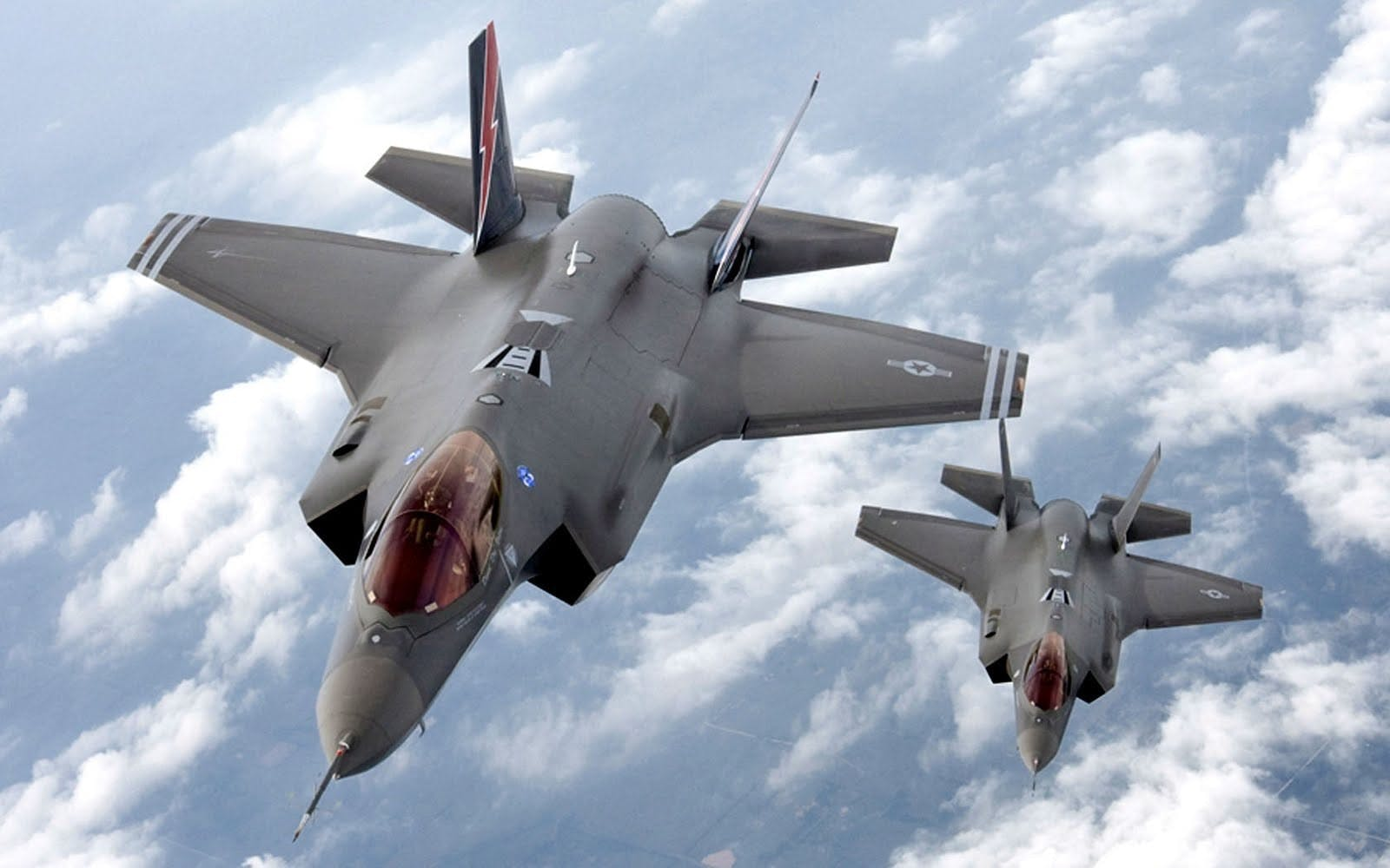 UK planning four front-line F-35 squadrons