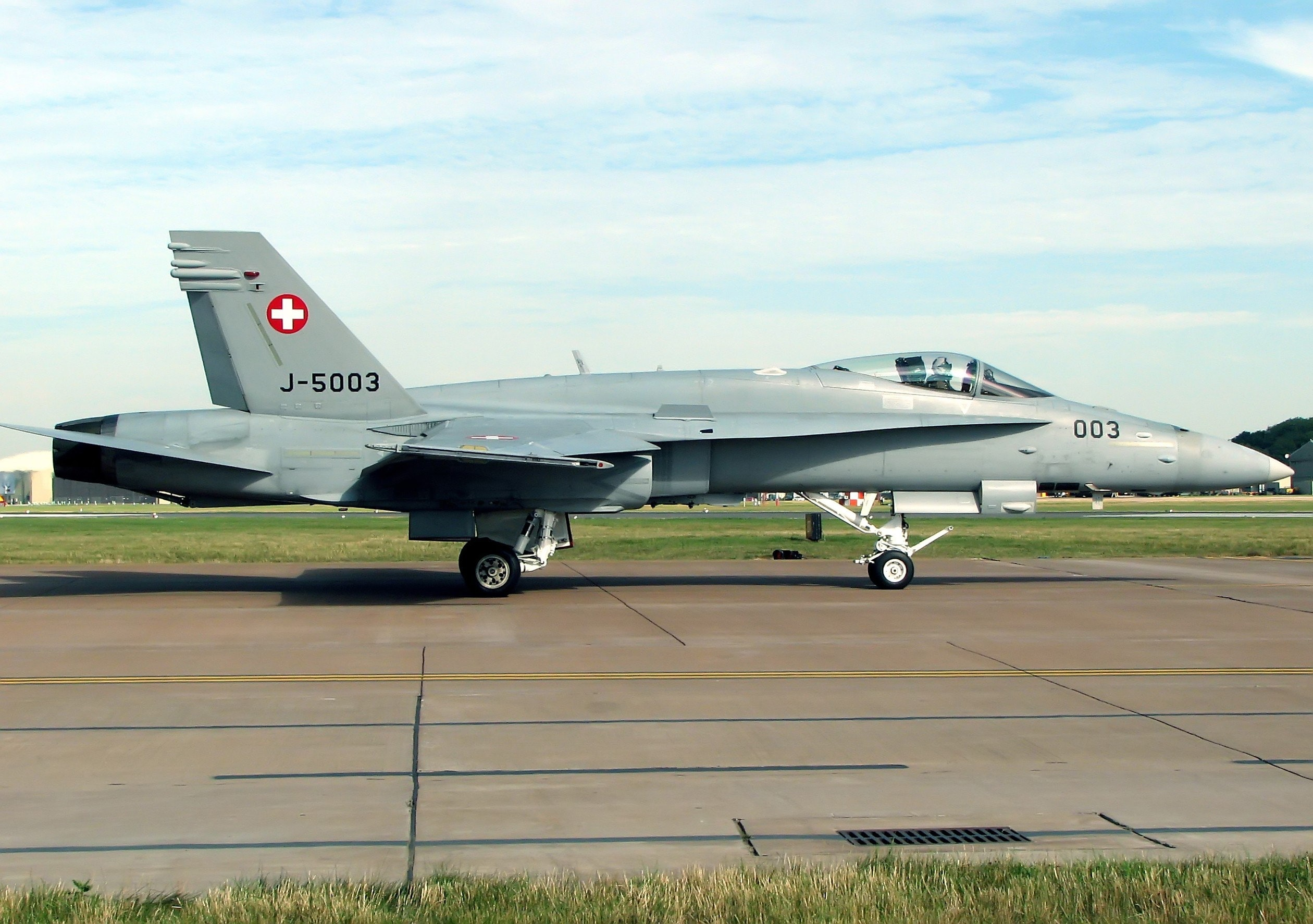 Swiss air force jet missing