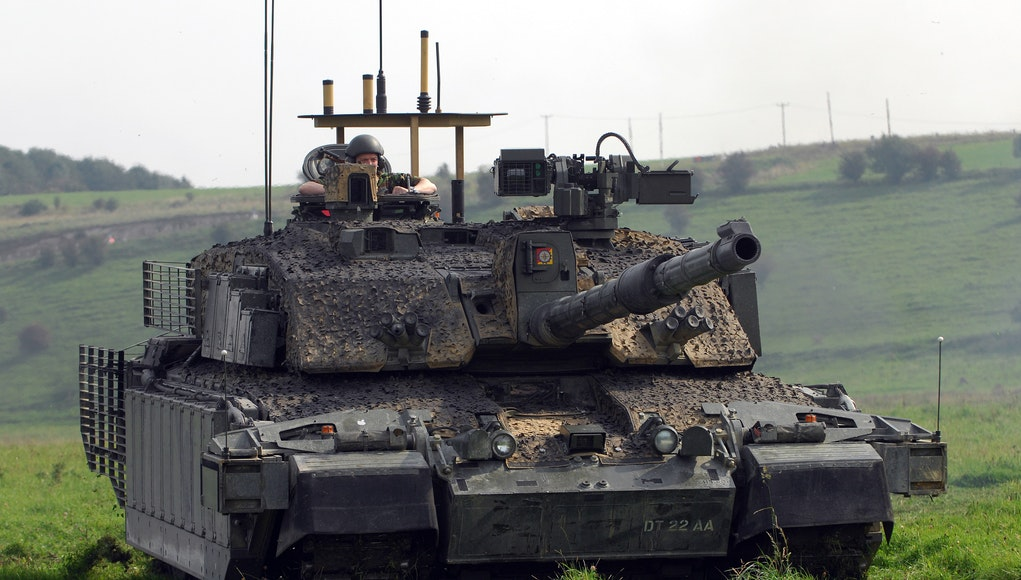 1682584f2517 British tanks heading to Estonia