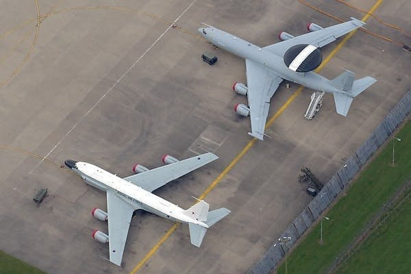 Rivet Joint seen ehre alongside a Sentry AEW.1 at RAF Waddington